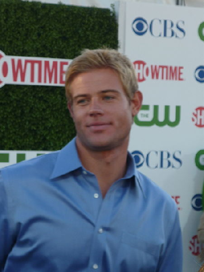 Викисклад. commons:Category:Trevor Donovan. Trevor Donovan July 2010 - Дон
